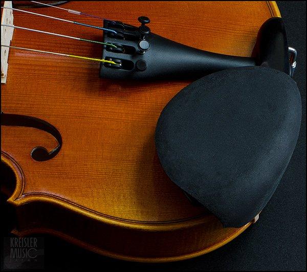 画像1: バイオリン・ビオラ用 アゴ当てパッド◆Strad Pad 黒◆1/2〜4/4サイズ用 (1)
